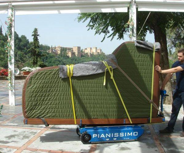 d m nager un piano avec soin voil nos conseils. Black Bedroom Furniture Sets. Home Design Ideas