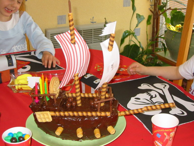 un anniversaire d 39 enfant sous le signe des pirates. Black Bedroom Furniture Sets. Home Design Ideas