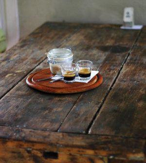Comment Faire Pour Bien Nettoyer Une Table En Bois