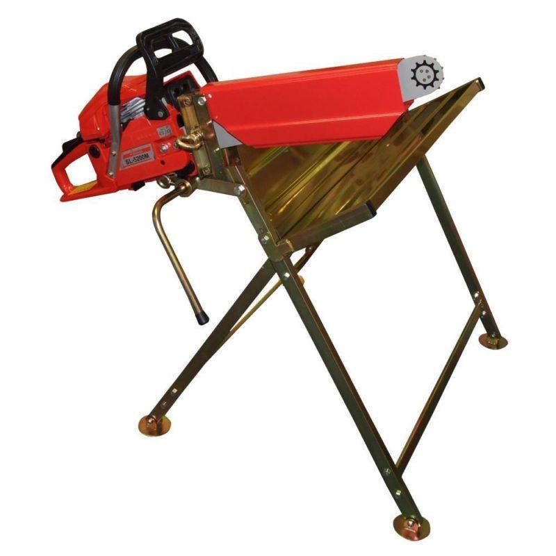 couper du bois de chauffage