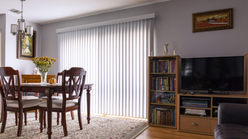 comment trouver un r parateur de volet roulant. Black Bedroom Furniture Sets. Home Design Ideas